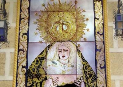 Nuestra Señora de los Dolores en ceramica
